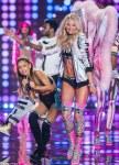 Victoria's Secret Fashion Show Performance